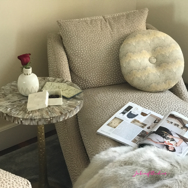 how to create a cozy home or office reading nook | www.jackieunfiltered.com