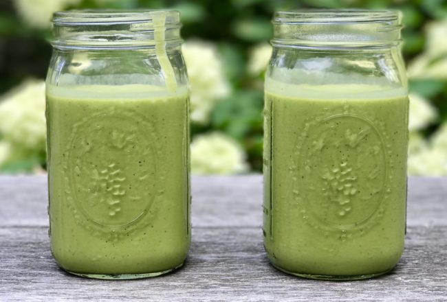 Martha's Vineyard Green Machine ReBooster Smoothie Recipe - https://www.jackieunfiltered.com/?p=2992&preview=true
