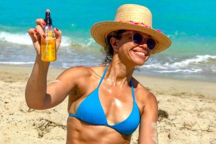 https://www.jackieunfiltered.com/the-body-oil-spf-30-sunscreen-everyone-needs/
